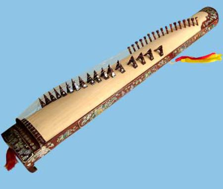 The vietnamese 36 chord zither n tam th p l c for Dans boum boum tam tam