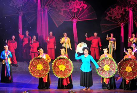 The Cheo singing in Vietnam