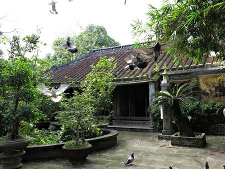 Impressive ancient houses in Tuy Loan – Da Nang city