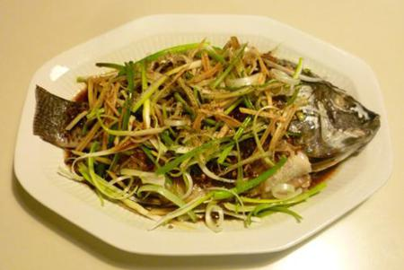 How to cook Steamed Tilapia with Spring Onion and Ginger