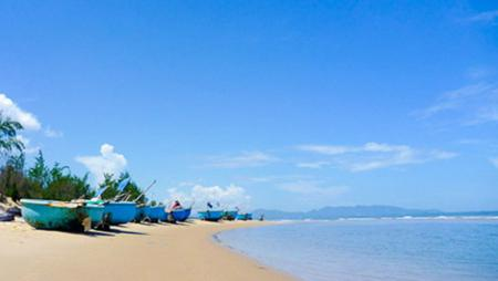 Ba Ria – Vung Tau province, vietnam travel guide, vietnamese beach, vung tau beach, chi linh beach in Vung tau