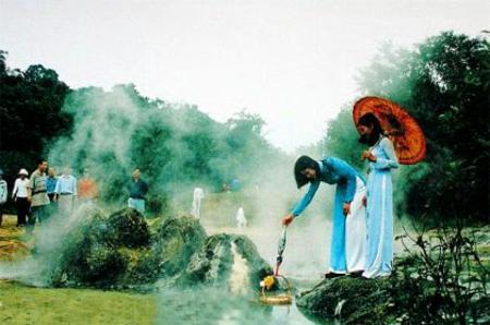 Bang hot mineral water spring - Quang Binh province