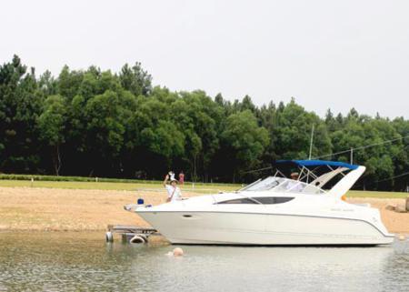 Dai Lai lake in Vinh Phuc 4
