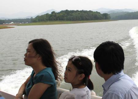 Dai Lai lake in Vinh Phuc 5