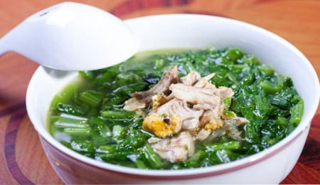 How to cook fish (anabas) soup with mustard greens