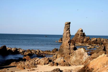 Jumping rocks - The Sea Paradise in the east