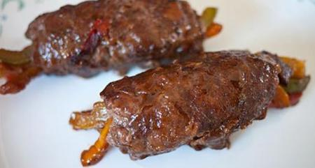 How to cook grilled beef rolled with pepper