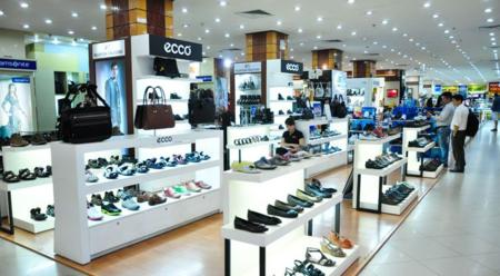 A shoes shop - Thuong Xa Tax in Saigon
