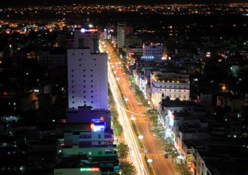 Da Nang city at night