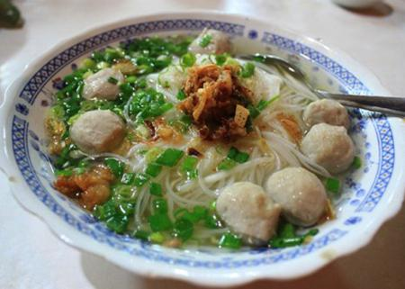 8 delicious noodle dishes (Hu Tieu) attract tourists in Saigon