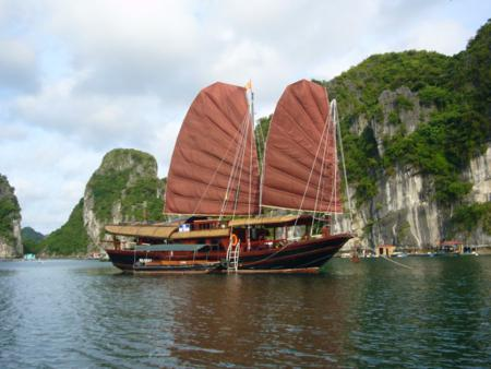 Cruise ship at Ha Long bay
