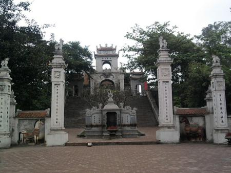 Cuong Temple in Nghe An