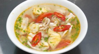 How to cook squid sour soup?