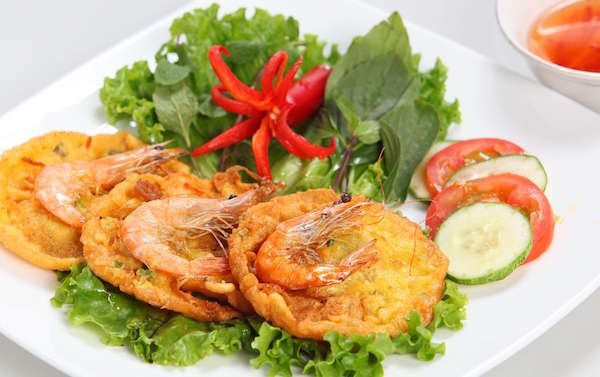 How to cook Hanoi's fried shrimp cakes?