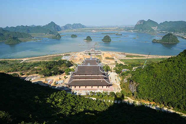Tam Chuc Pagoda